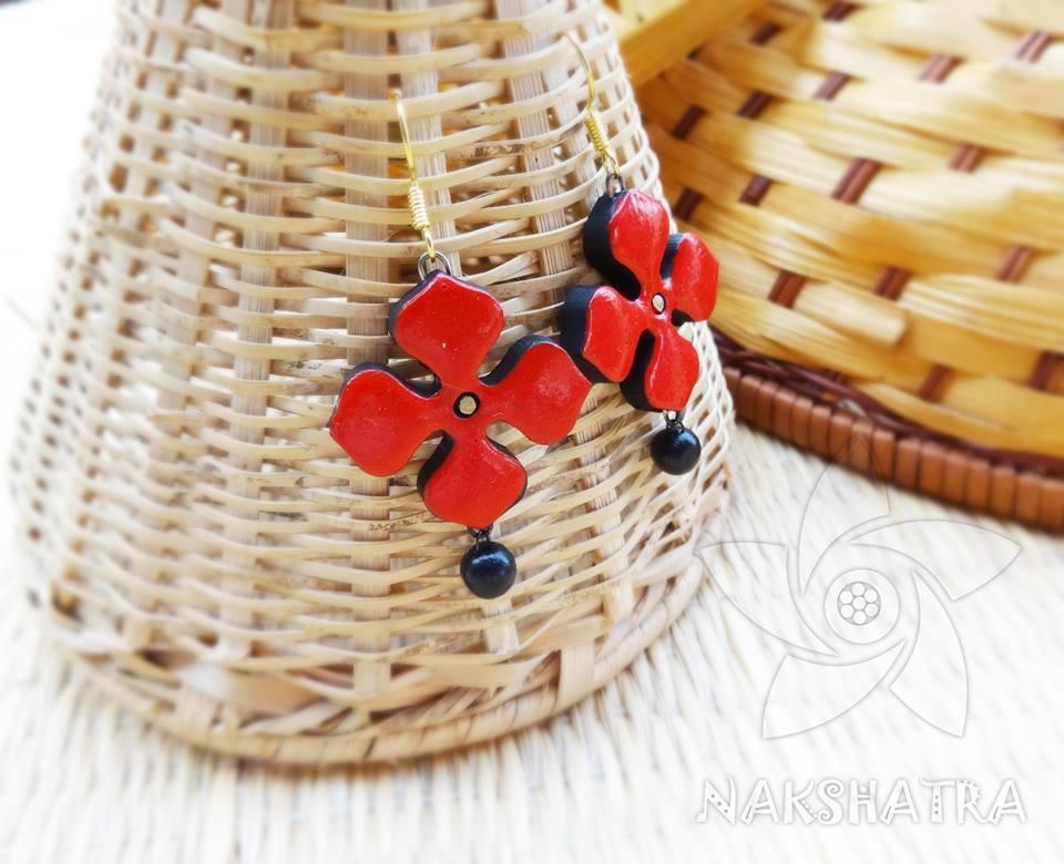 Red And Black Colour Terracotta Earring