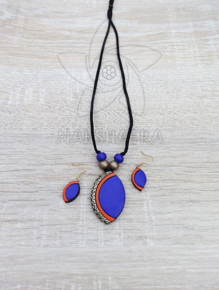 Blue And Gold Colour Terracotta Necklace Set
