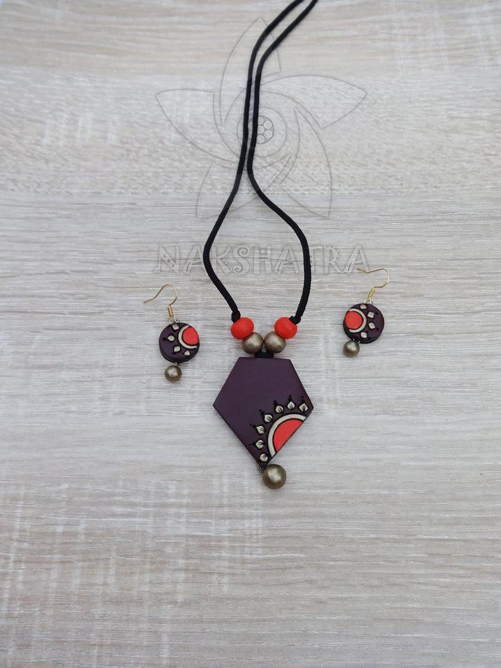 Brown And Red Colour Terracotta Necklace Set
