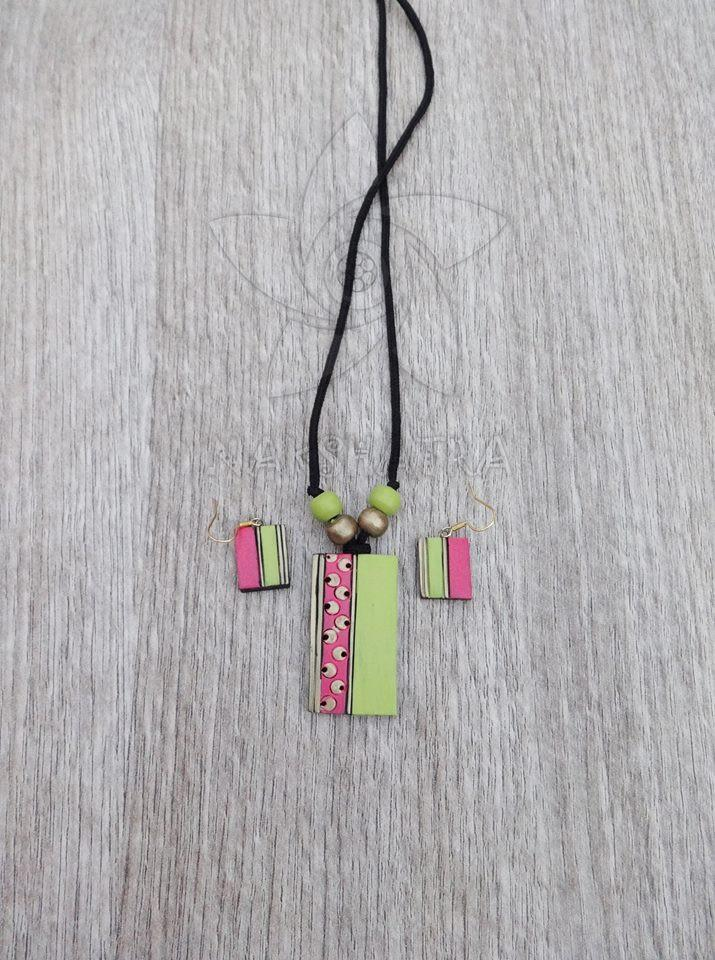 Green And Pink Colour Terracotta Necklace Set