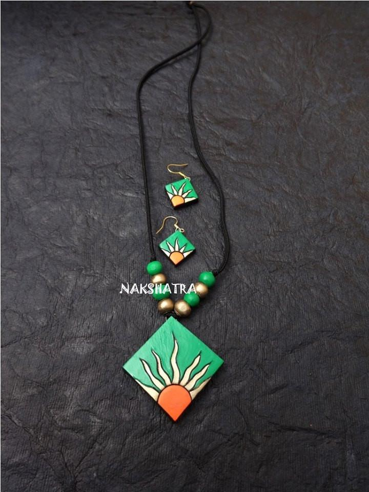 Green And Orange Color Terracotta Necklace Set