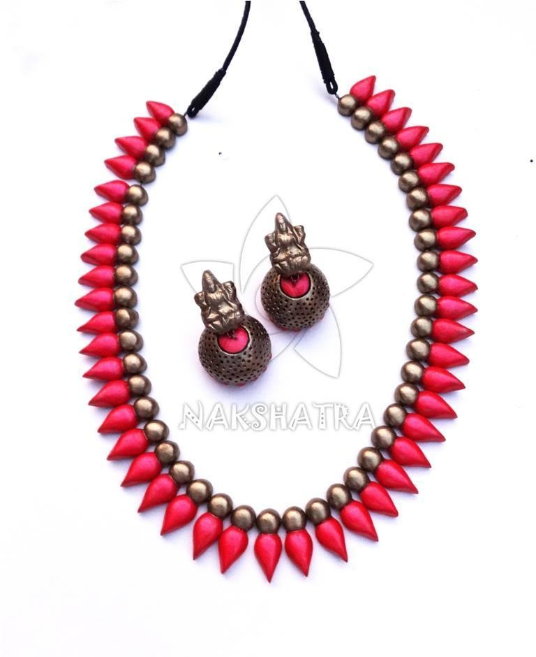 Pink And Gold Color Terracotta Necklace Set