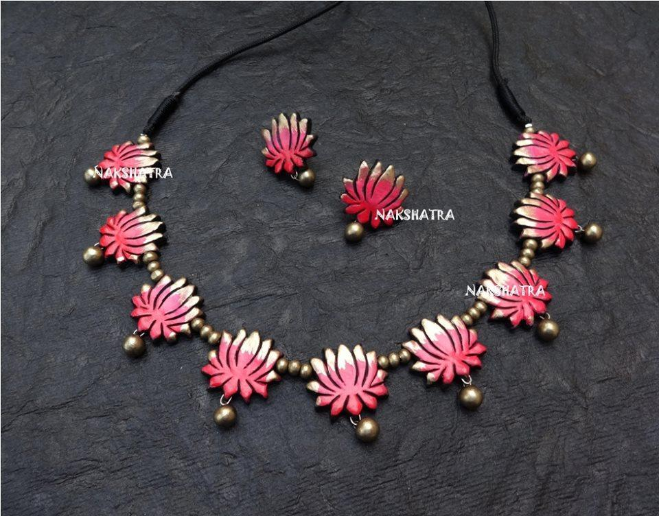 Lotus Desgin Choker Antique Gold And Shades Of Pink Color Combination Of Handmade Terracotta Necklace Set