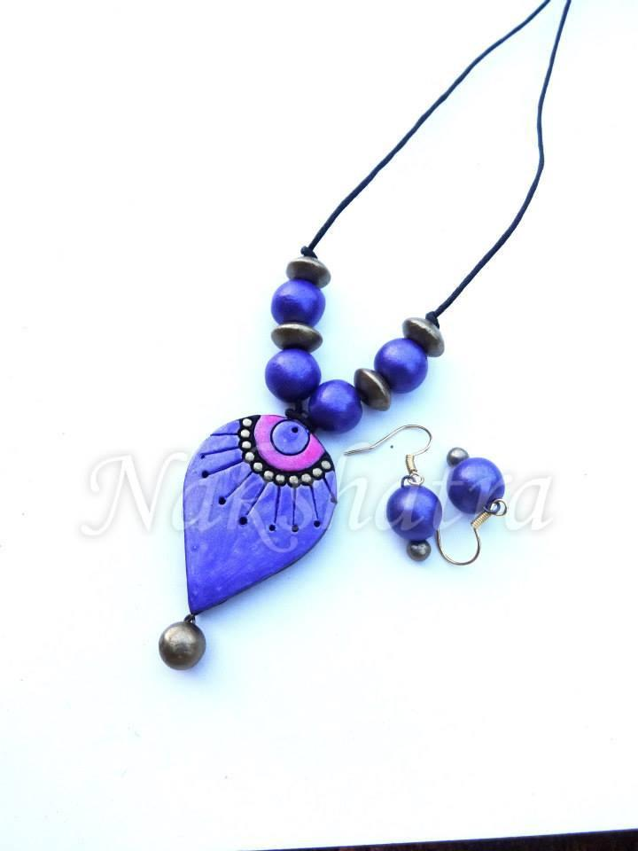 Blue And Pink Colour Terracotta Necklace Set