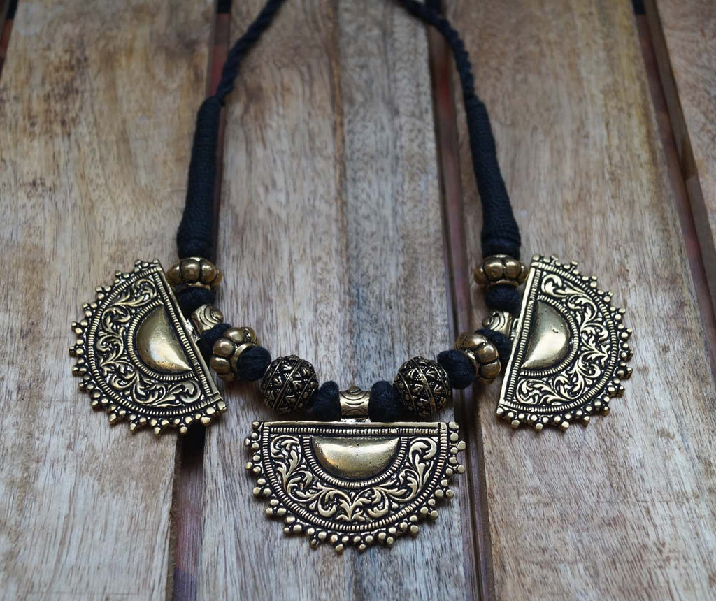 3 Half Moon Pendant Black Choker Necklace Set-ANETRA1-Necklace Set