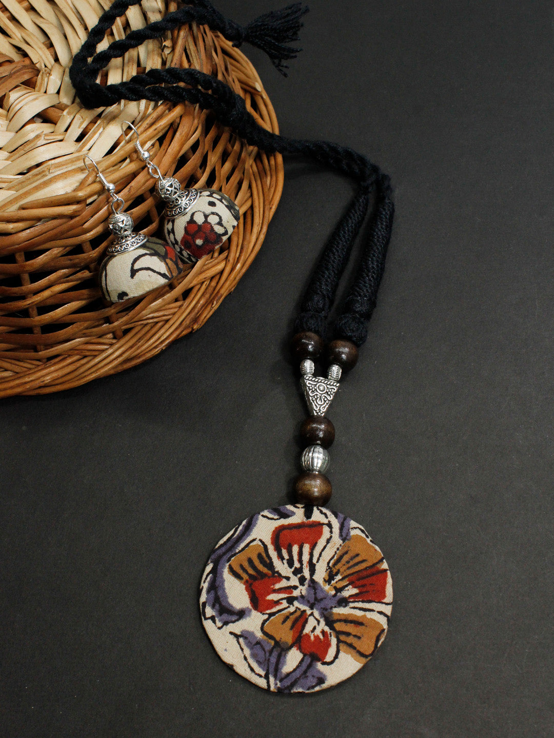 Kalamkari Fabric Printed Circle Pendant Design Handmade Necklace Set-AVISMAYA1-Necklace Set