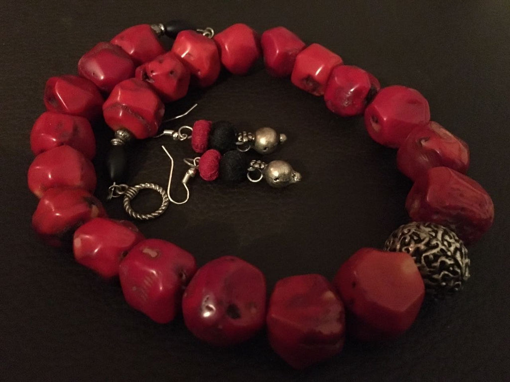 Coral beads combined with agate and Tibetan silver Necklace Set