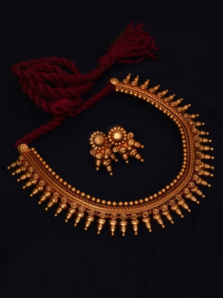 Avismaya Temple Jewellery Matt Gold Antique Finish Choker Necklace Set