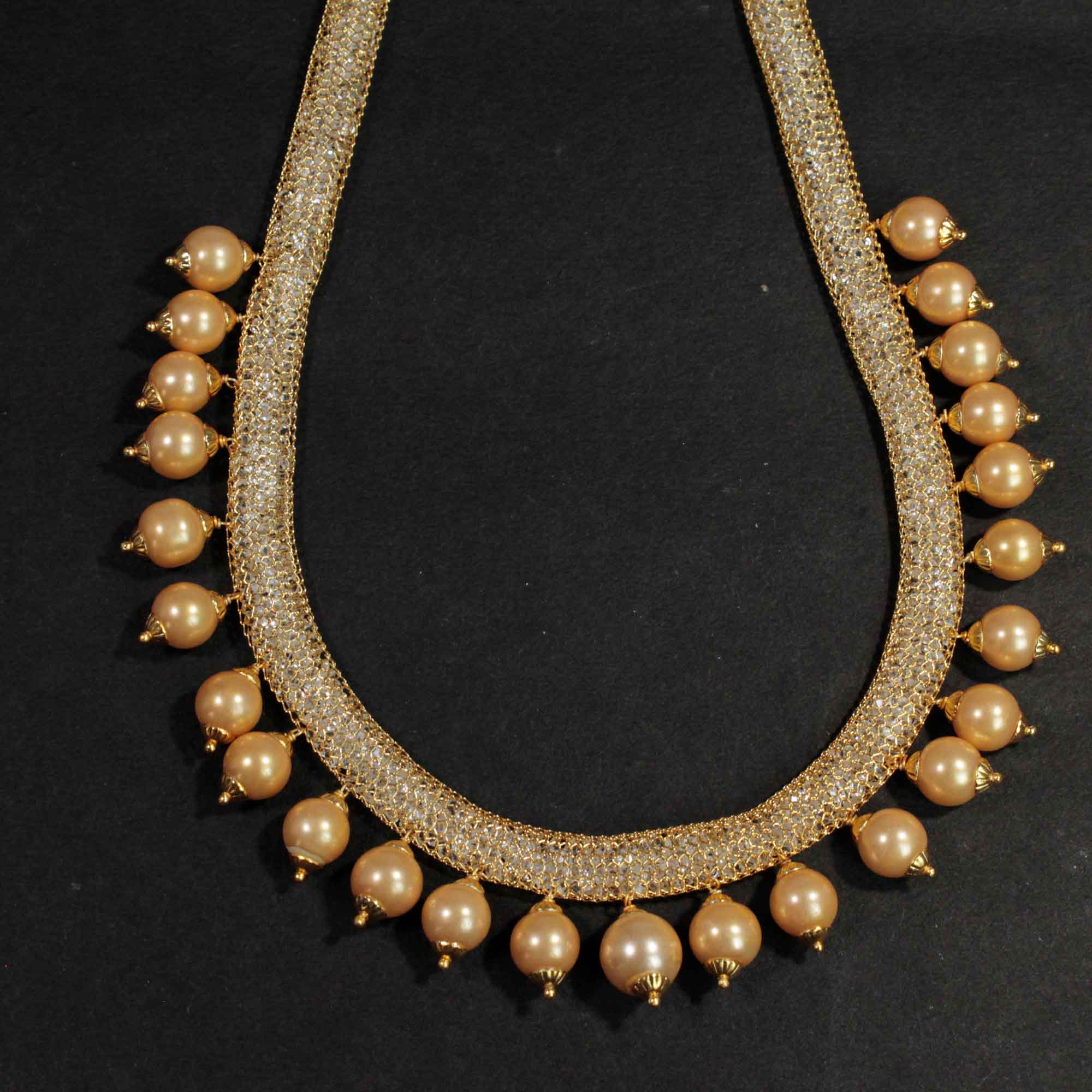 Boho Style Gold Plated Wire Mesh Necklace With Boho Style Gold Beads