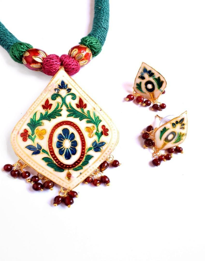 Threaded Meenkari Necklace Set- Pattern1