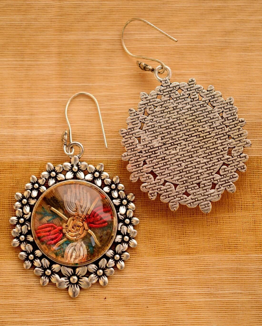Giftpiper Earring with Hand Embroidery Setting Ornate Frame 3-GIFTPIPER1-Earring