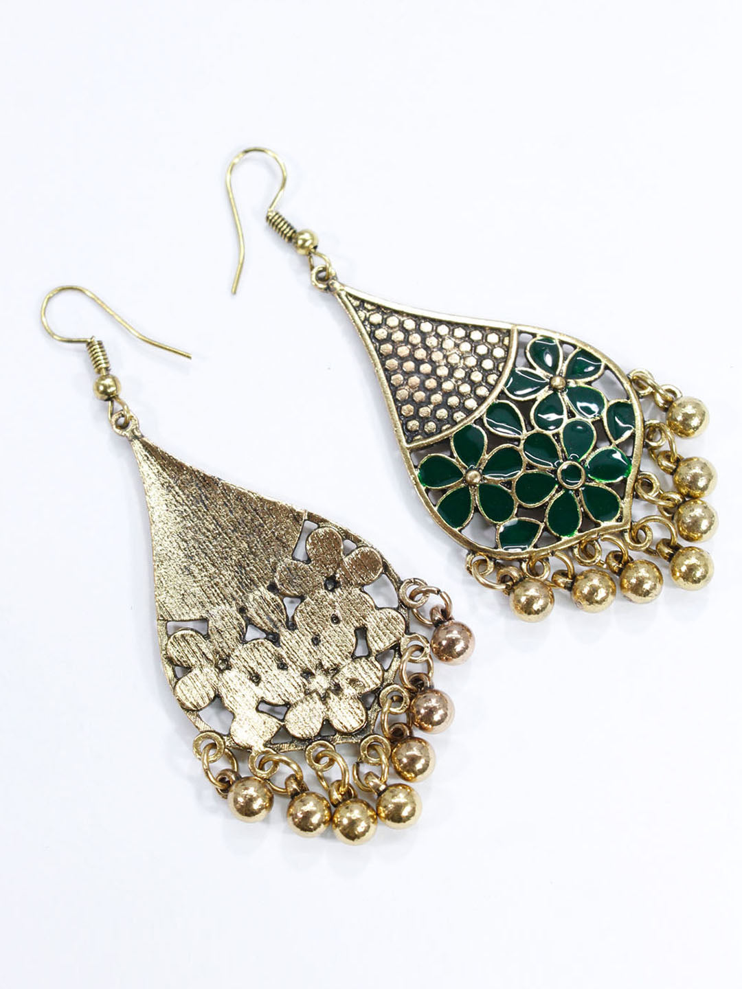 Aana Gold Plated Leaf Design Green Earring-AANA1-Earring