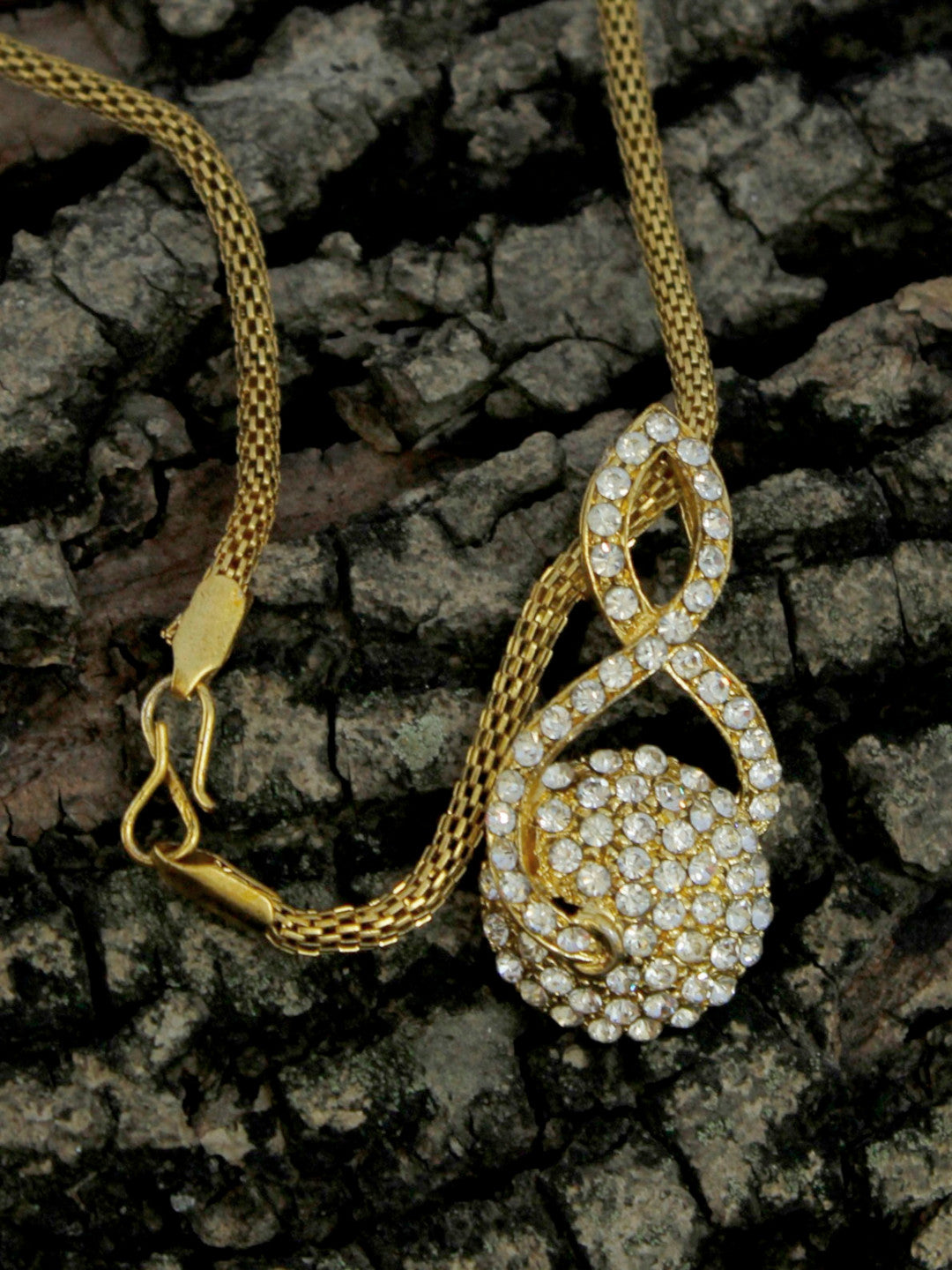 Gold Plated Mesh Chain Pendant Necklace Set Traditional Jewelry-AVISMAYA1-Necklace