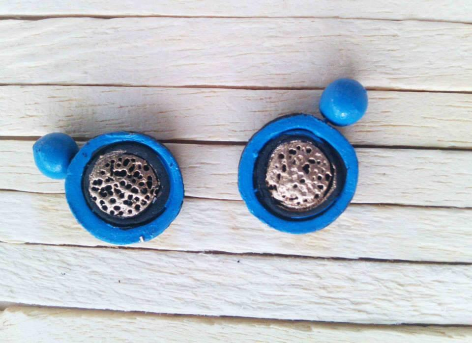 Blue & Golden Colour Terracotta Stud Earring