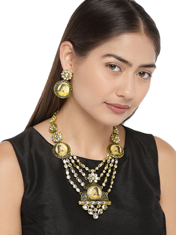 Zaveri Pearls Antique Gold Tone Padmavati Inspired Necklace Set