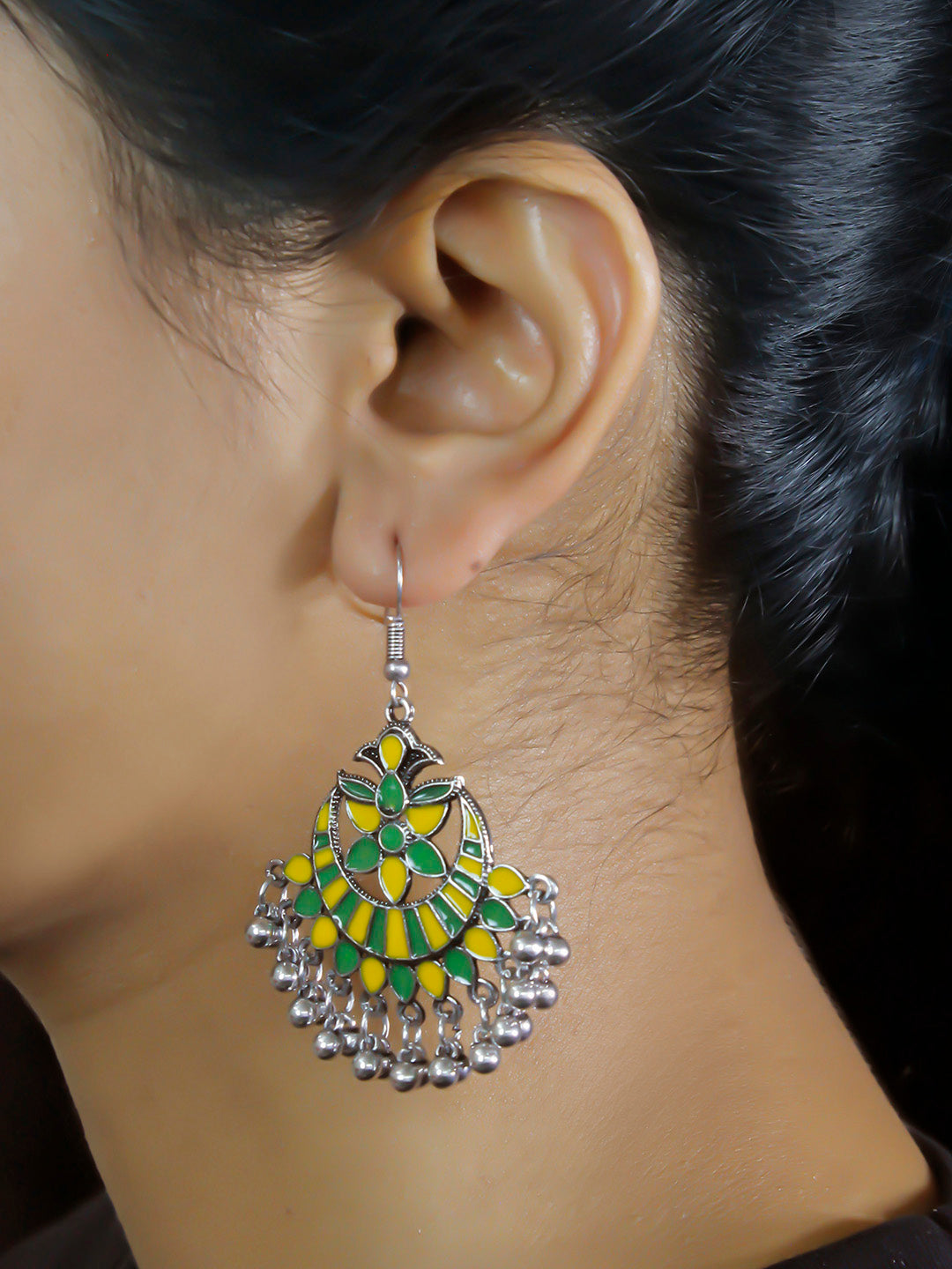 Aana Leaf Design Yellow And Green Earring