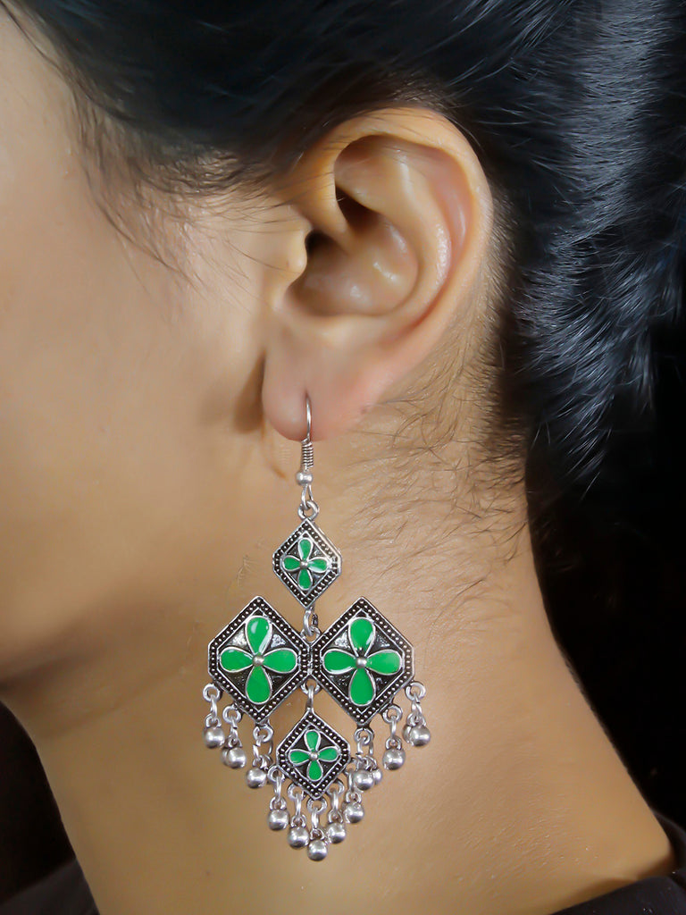 Aana Geometric Design Green Earring