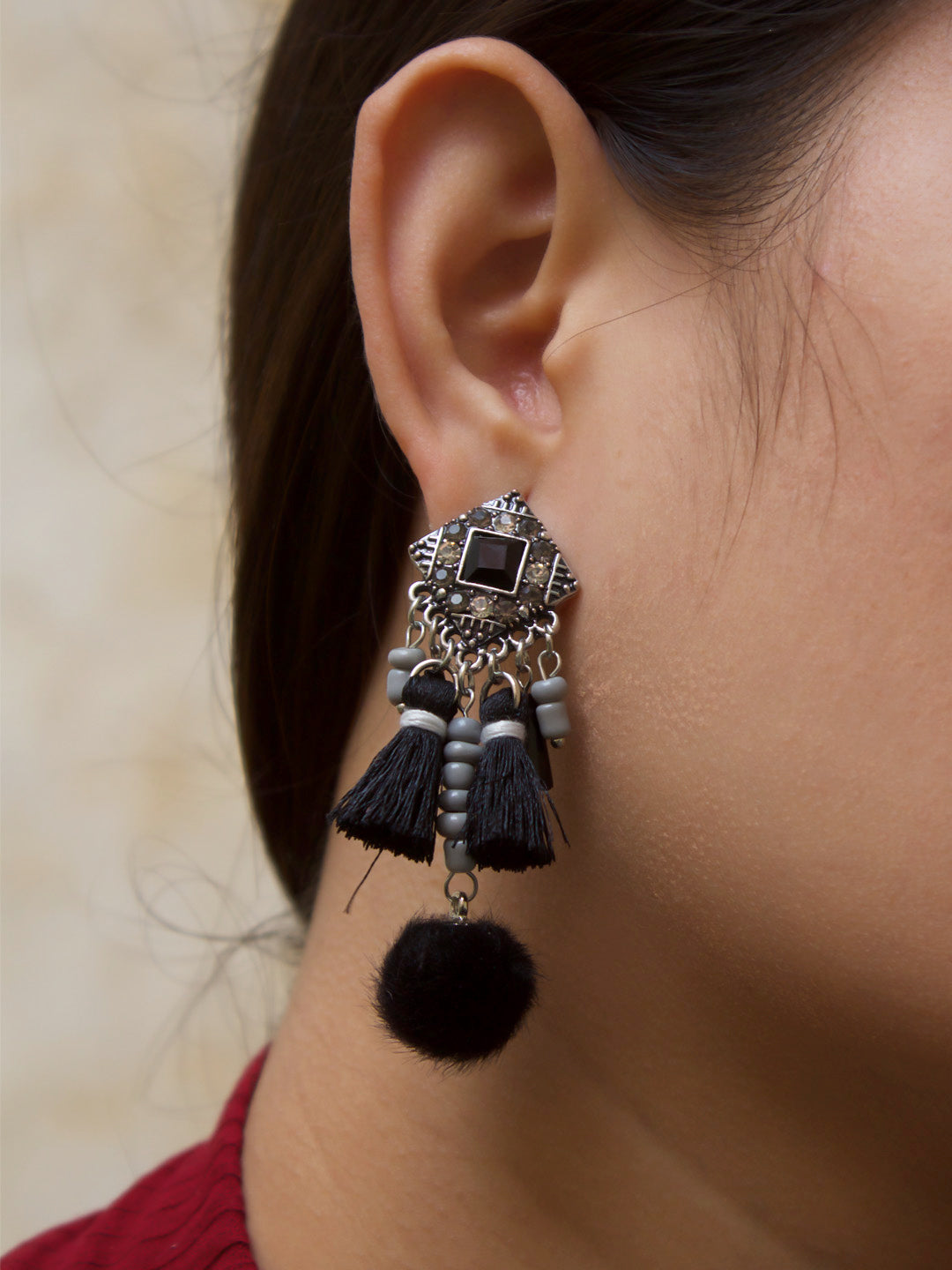 Aana Black Color Tassel With Pom Pom Hanging Earring