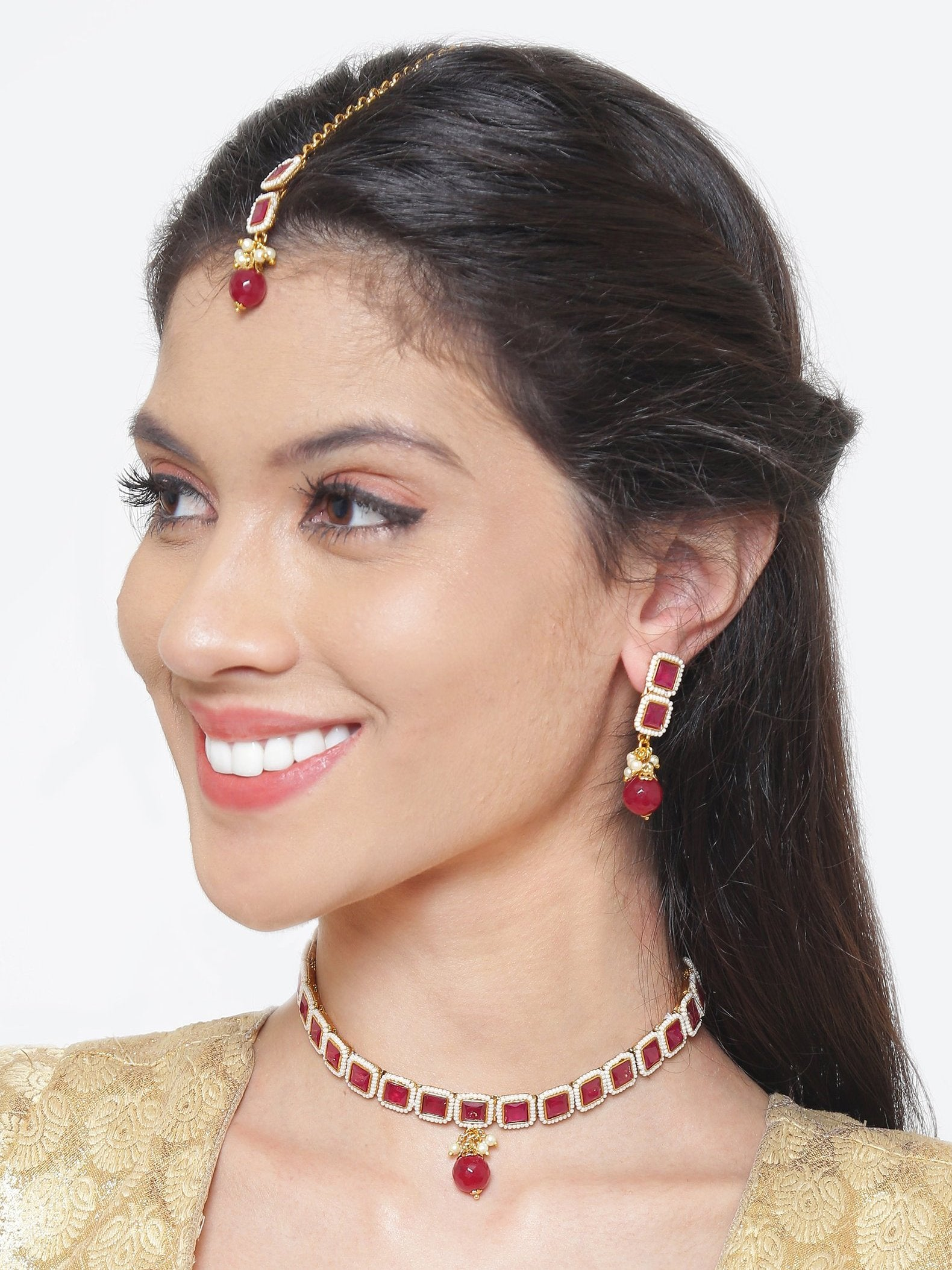 Pretty High Quality Red Color Choker Necklace Set With maang Tikka