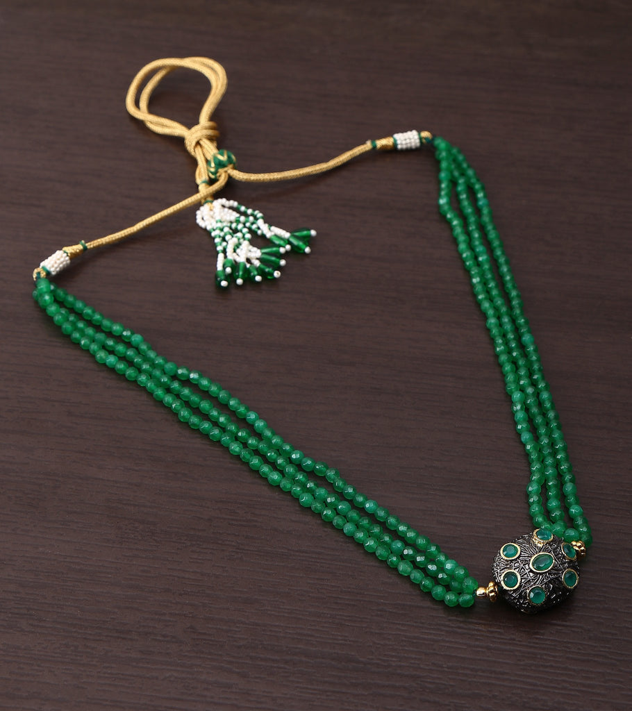 Oxidised Studded Ball Stringed In Green Jade