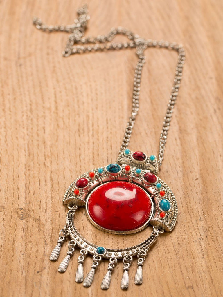Bold Fashion Neckpiece