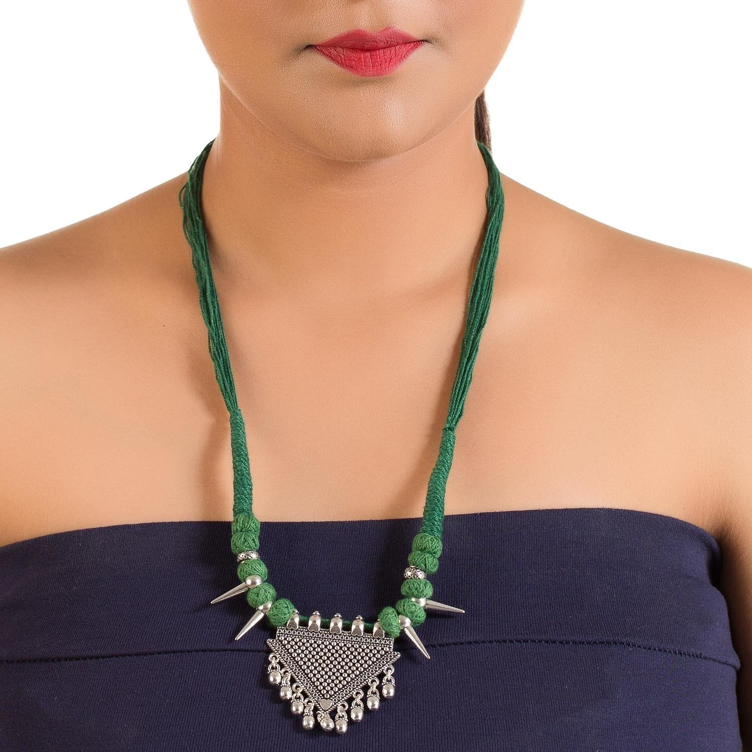Pretty Fashion Thread Neckpiece