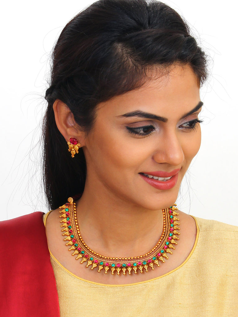 Avismaya Temple Jewellery Matt Gold Antique Finish With Green And Red Plasto Stones Choker Necklace Set