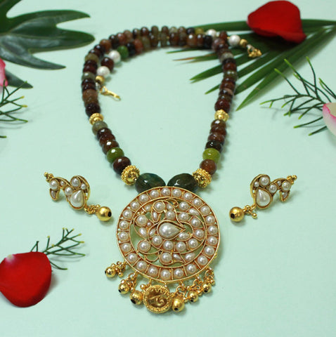 Necklace Set with Semi Precious Stones Agate Pearl Pendant