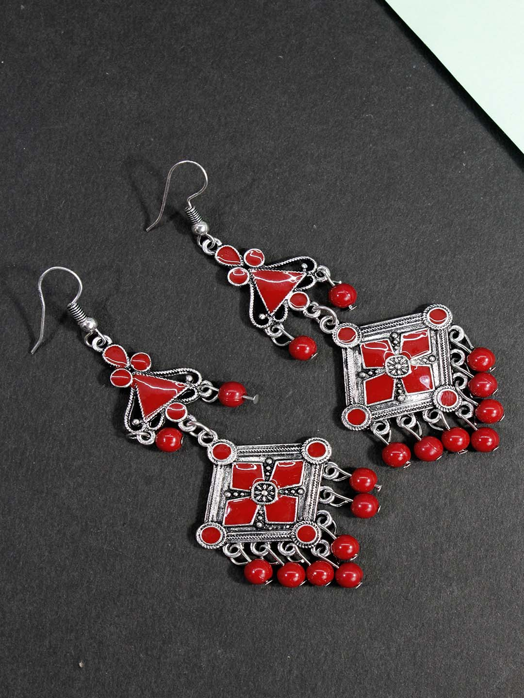 Aana Maroon Color Geometric Design Dangler Earring