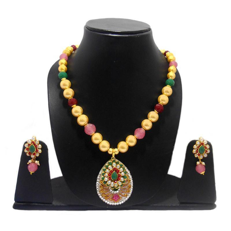 Ethnic Mother Of Pearl Necklace With Exclusive Pachi Work