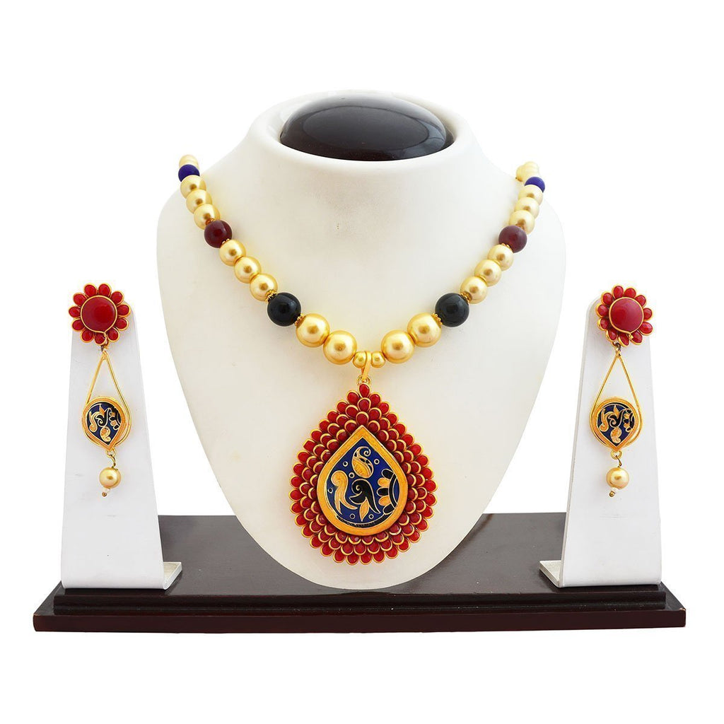 Fashionable Meenakari Red Pacchi Necklace Set
