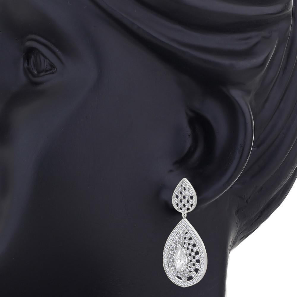 Designer Filigree Earrings For Wedding Wear