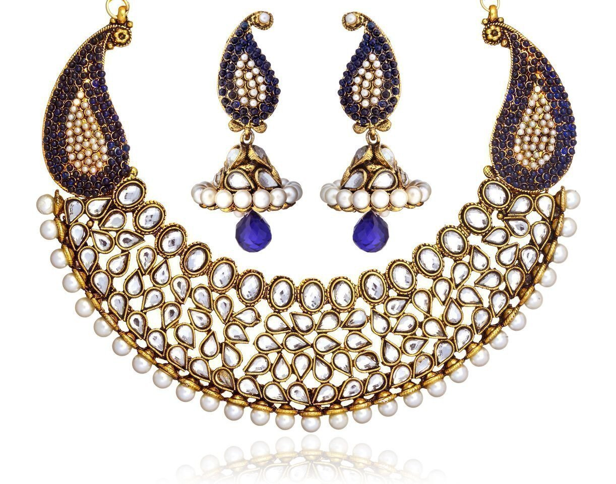 Zaveri Pearls Gorgeous Kundan With Blue Beads Necklace Set