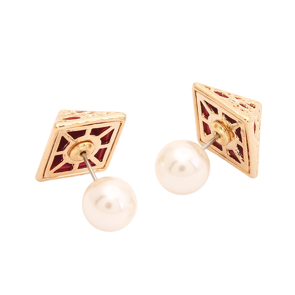 Double Back Pyramid Stud Earring