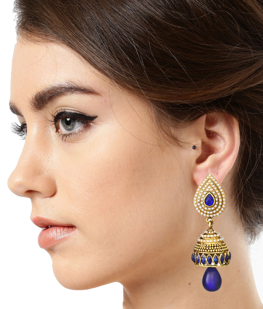Set Of Two Antique Gold Ethnic Earrings - Zpfk6022
