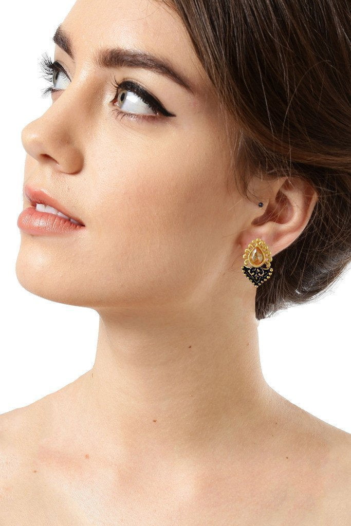 Dark Antique Stud Earring - Zpfk6168