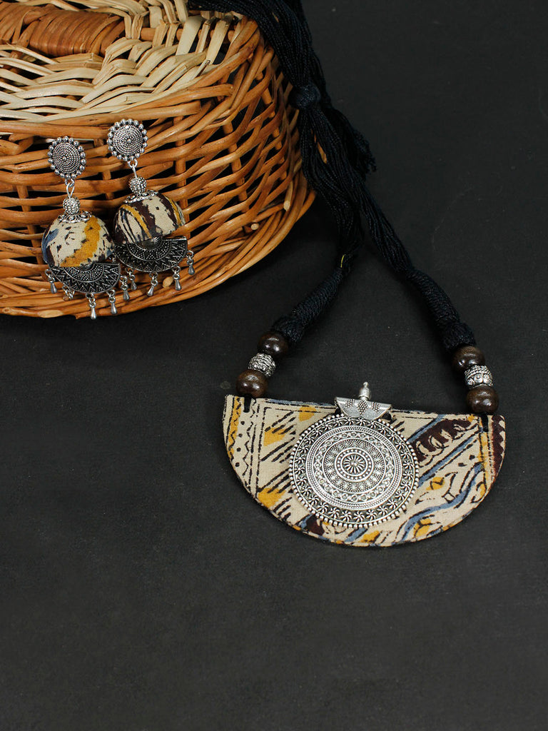 Kalamkari Fabric Printed Half Moon Shape Pendant Design Handmade Necklace Set-AVISMAYA1-Necklace Set