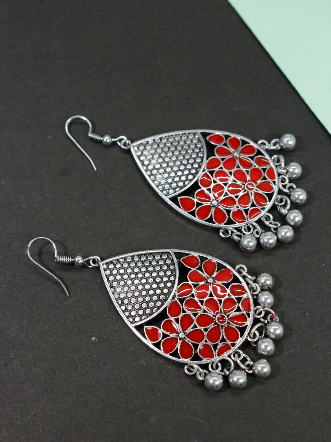 Aana Oxidised Silver Plated Leaf Design Red Color Earring