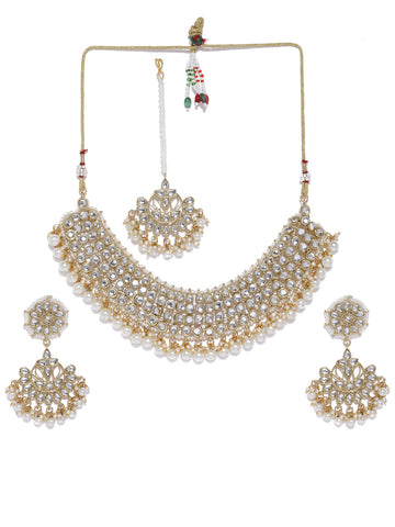 Zaveri Pearls Gold Tone Kundan And Pearls Traditional Jewellery Set
