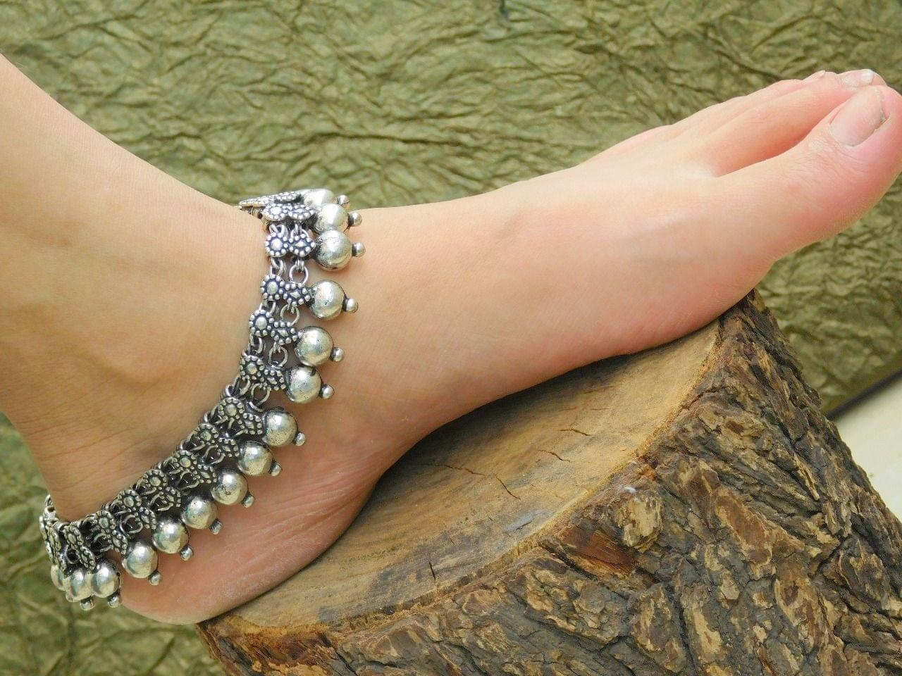 GiftPiper Oxidized German Silver Anklet
