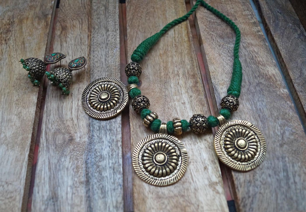 Green Ethnic 3 Pendants Adjustable Choker Necklace Set-ANETRA1-Necklace Set