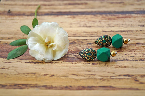 Smart Green Lakh Dangler Earring