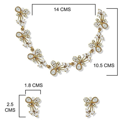 Fascinating Gold Tone Necklace Set Adorned With Austrian Diamond & Pearls