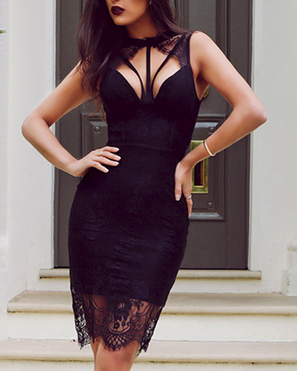Victoria Lace Dress | BLACK