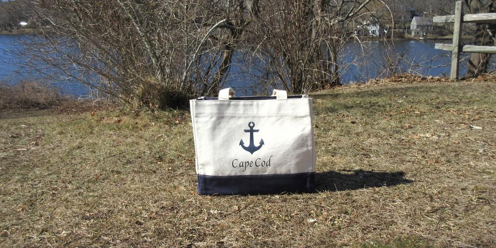Nautical Canvas bag with basket