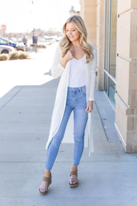 Mid Rise Skinny with Fray - Pink Magnolia Boutique