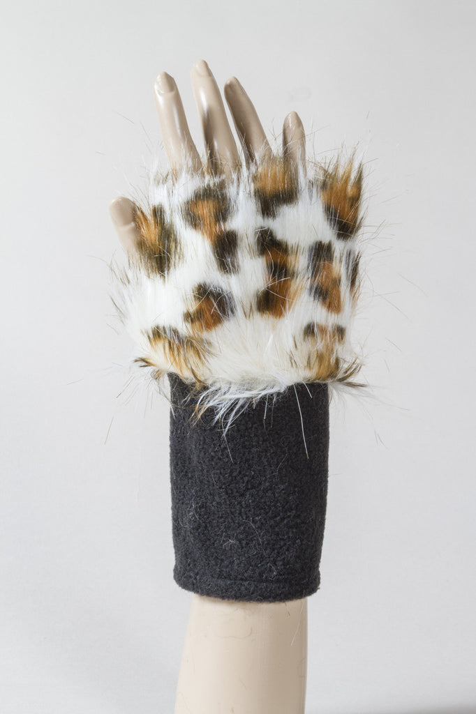White Leopard Faux Fur Fingerless Glove
