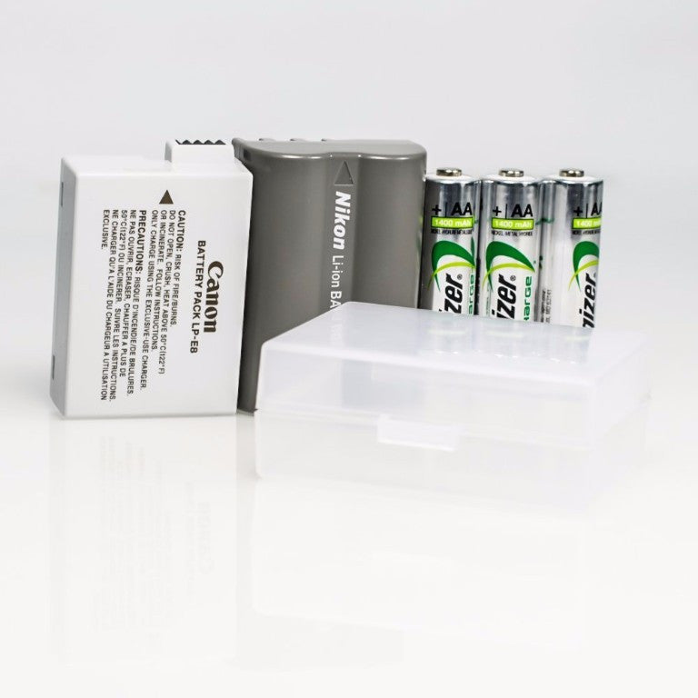 Foto&Tech Clear Medium Storage Case for Li-Ion/AA/AAA/9V Battery