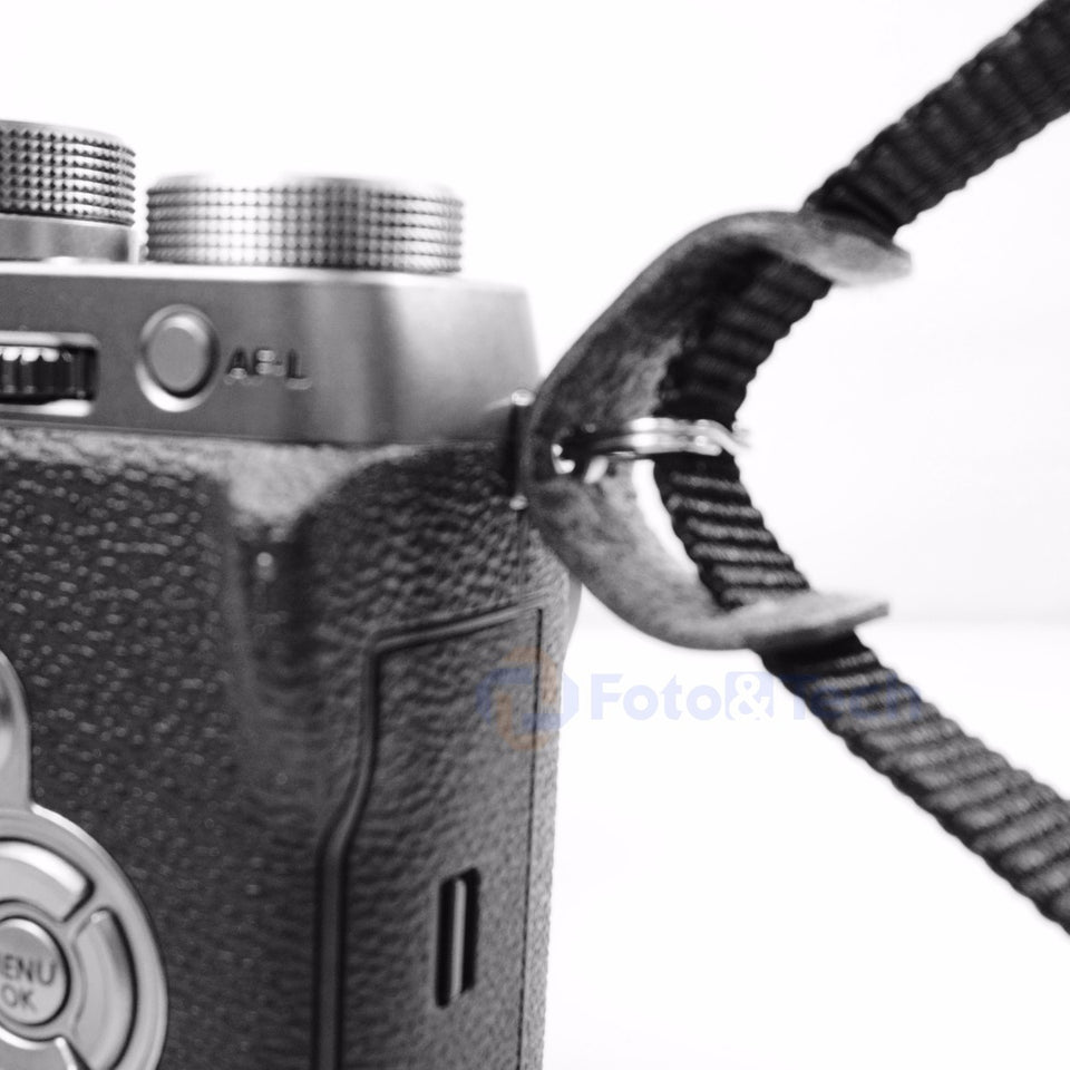 Camera Strap Lug Rings with Leather Protectors /•/• 1 Set /•/•