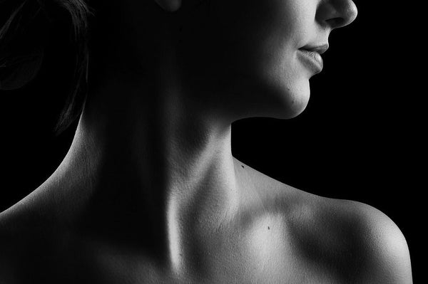 Neck Wrinkles: Don't Let Your Neck Betray Your Age